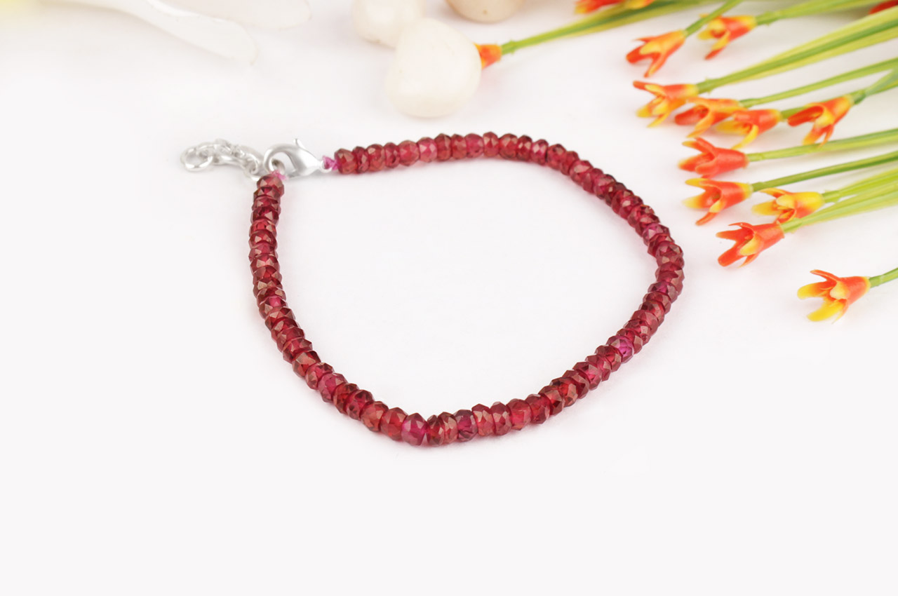 Garnet - Faceted - Bracelet