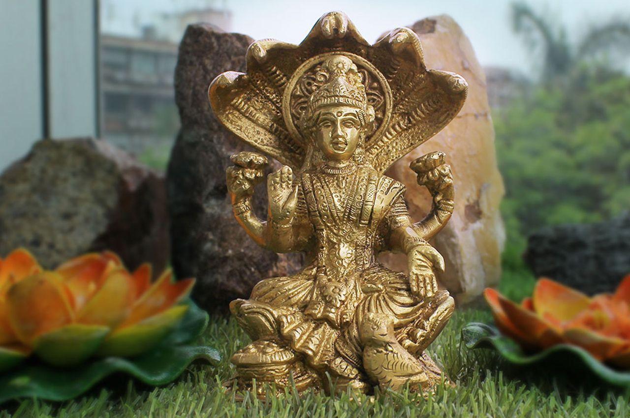 Goddess Laxmi Idol in Brass