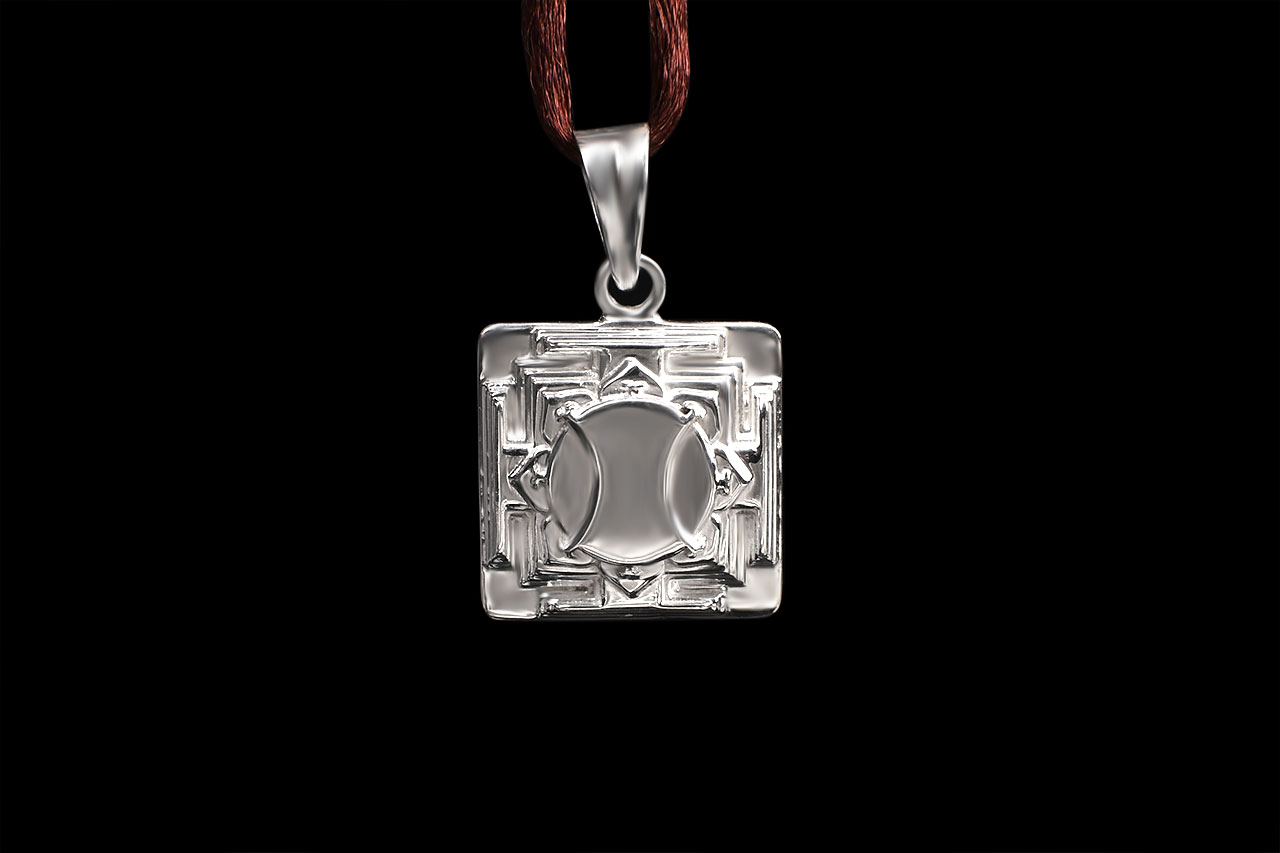 Hanuman Yantra Locket in Silver - 3D