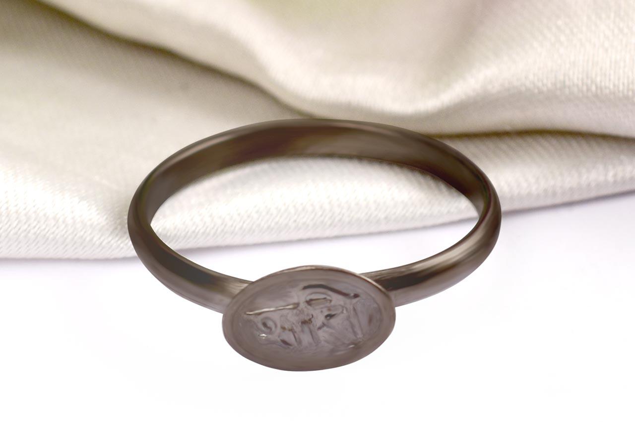 Horse Shoe Shani Ring