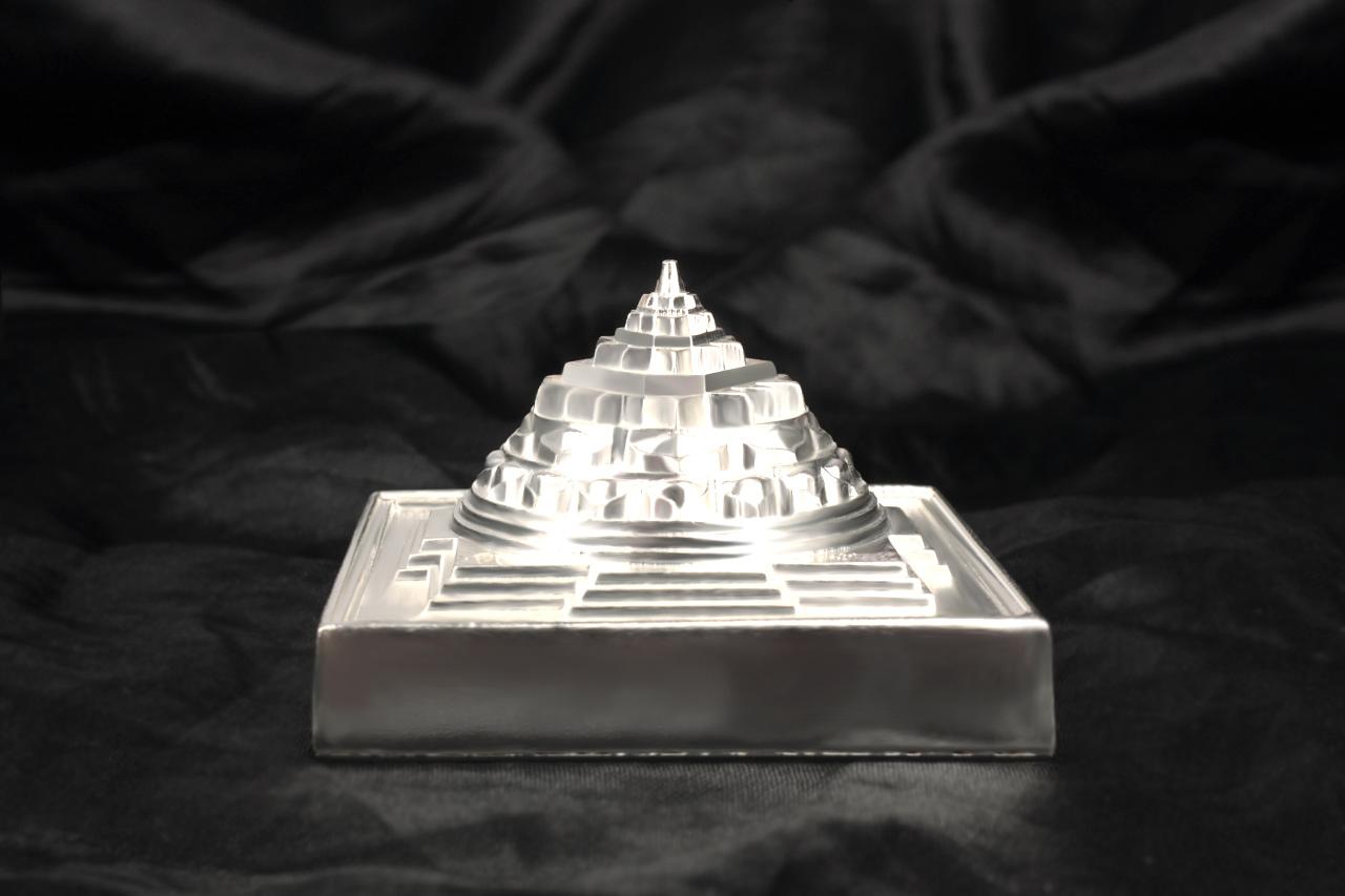 Shree Yantra Maha Meru in pure silver - 2.75 inches