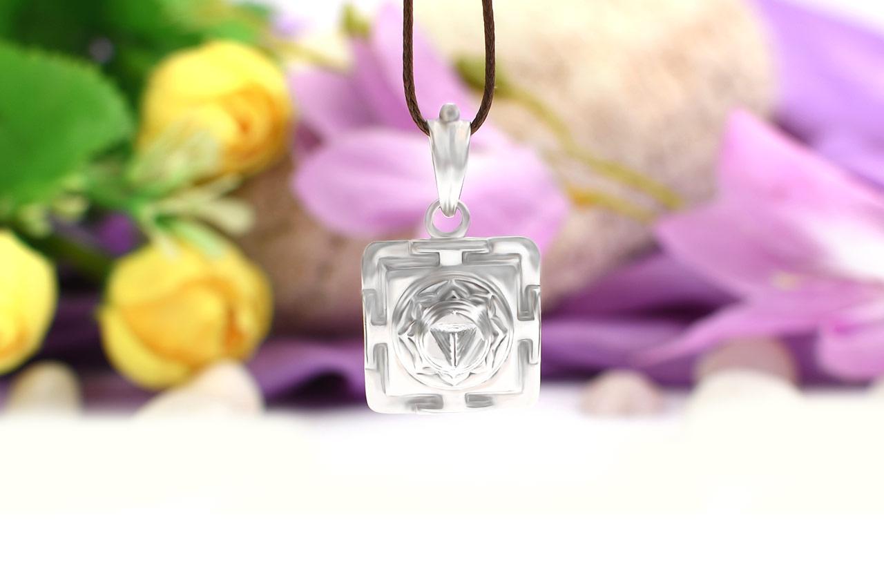 Mahakali Yantra Locket in Silver - 3D