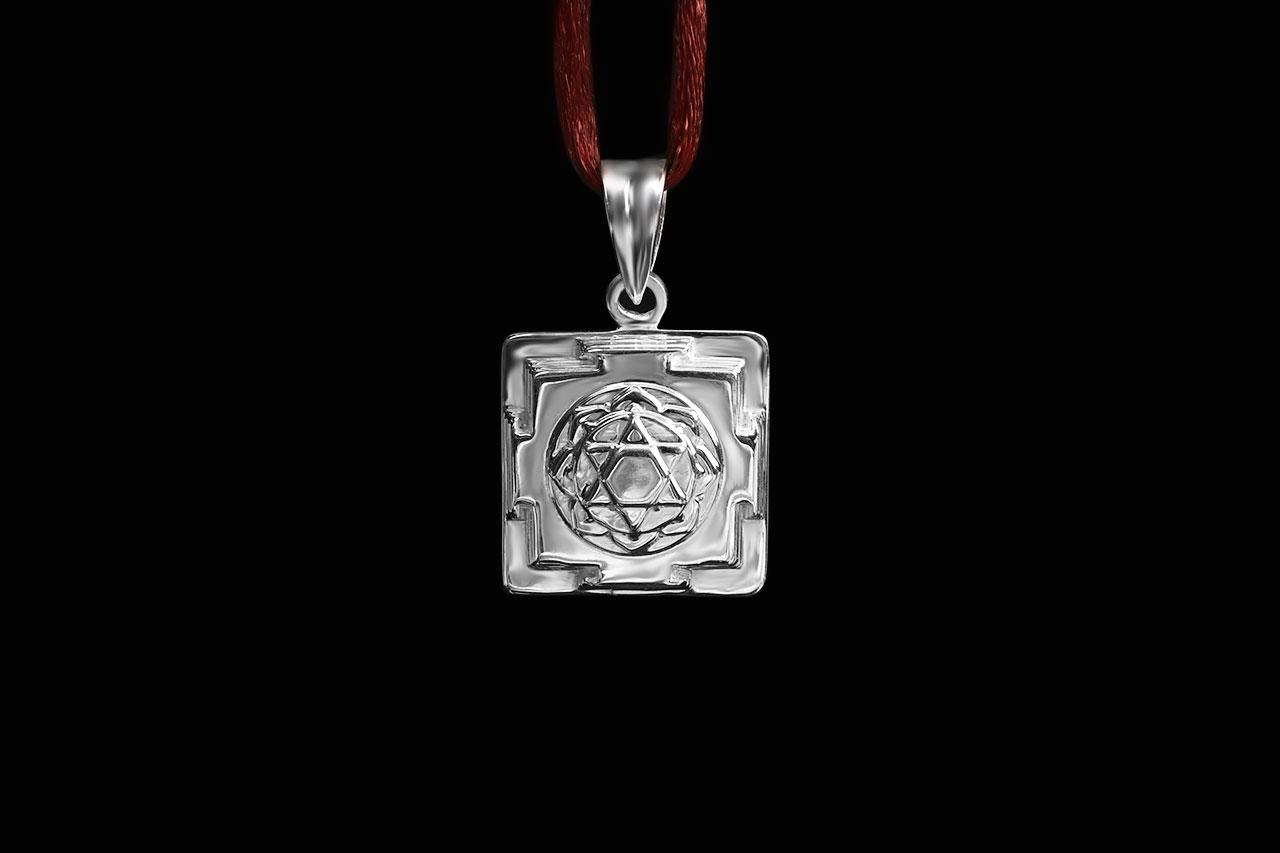 Mahalakshmi Yantra Locket in Silver - 3D
