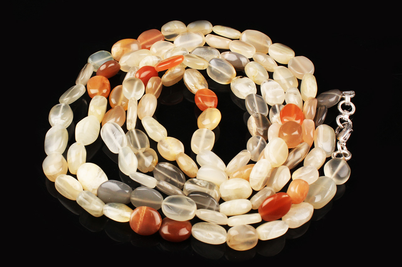 Moonstone Oval mala 9 mm