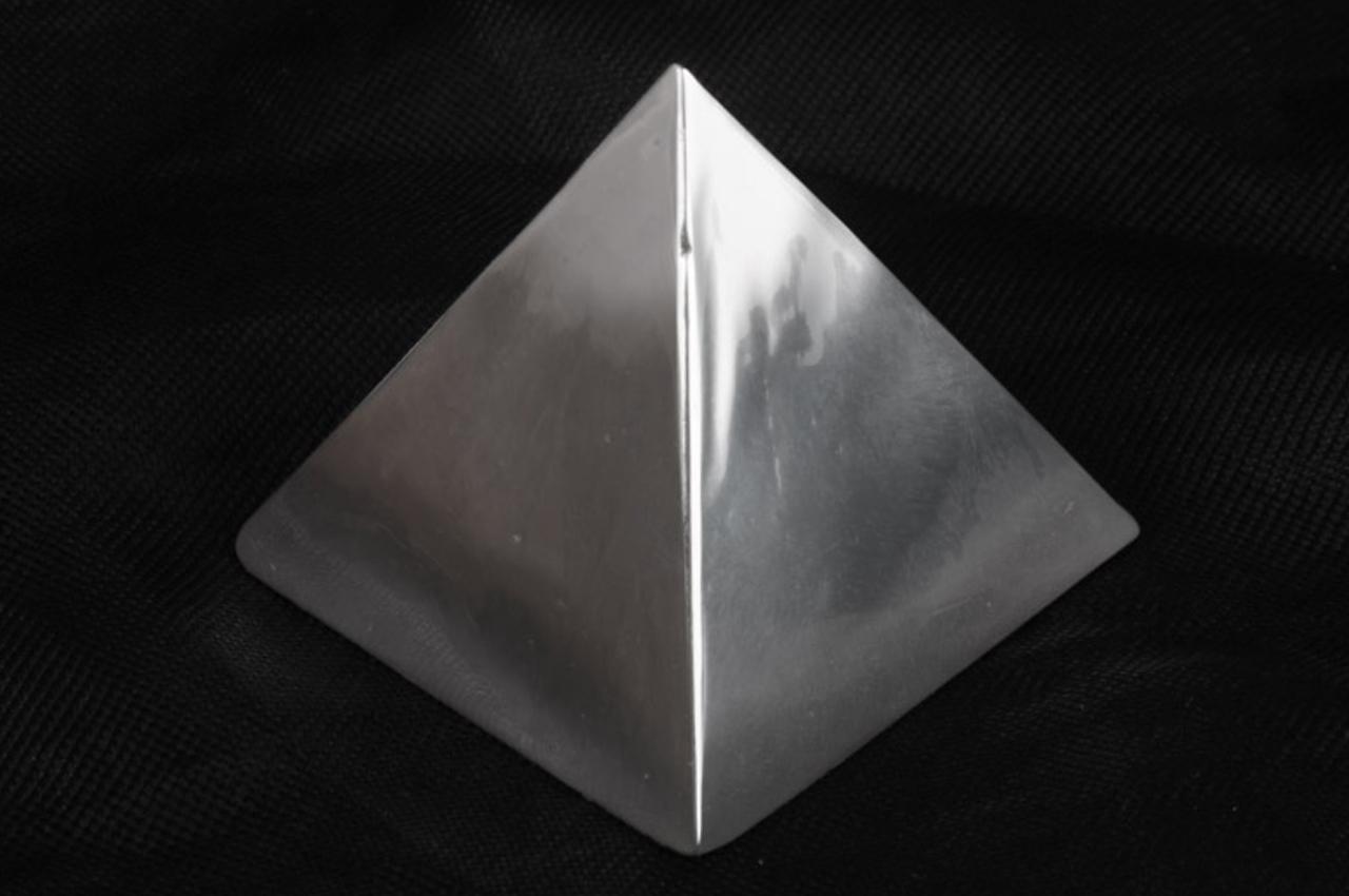 Parad power pyramid