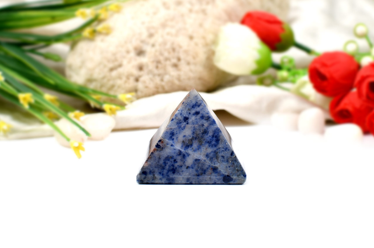 Pyramid in Blue Sodalite-Communication and creativity-74 gms