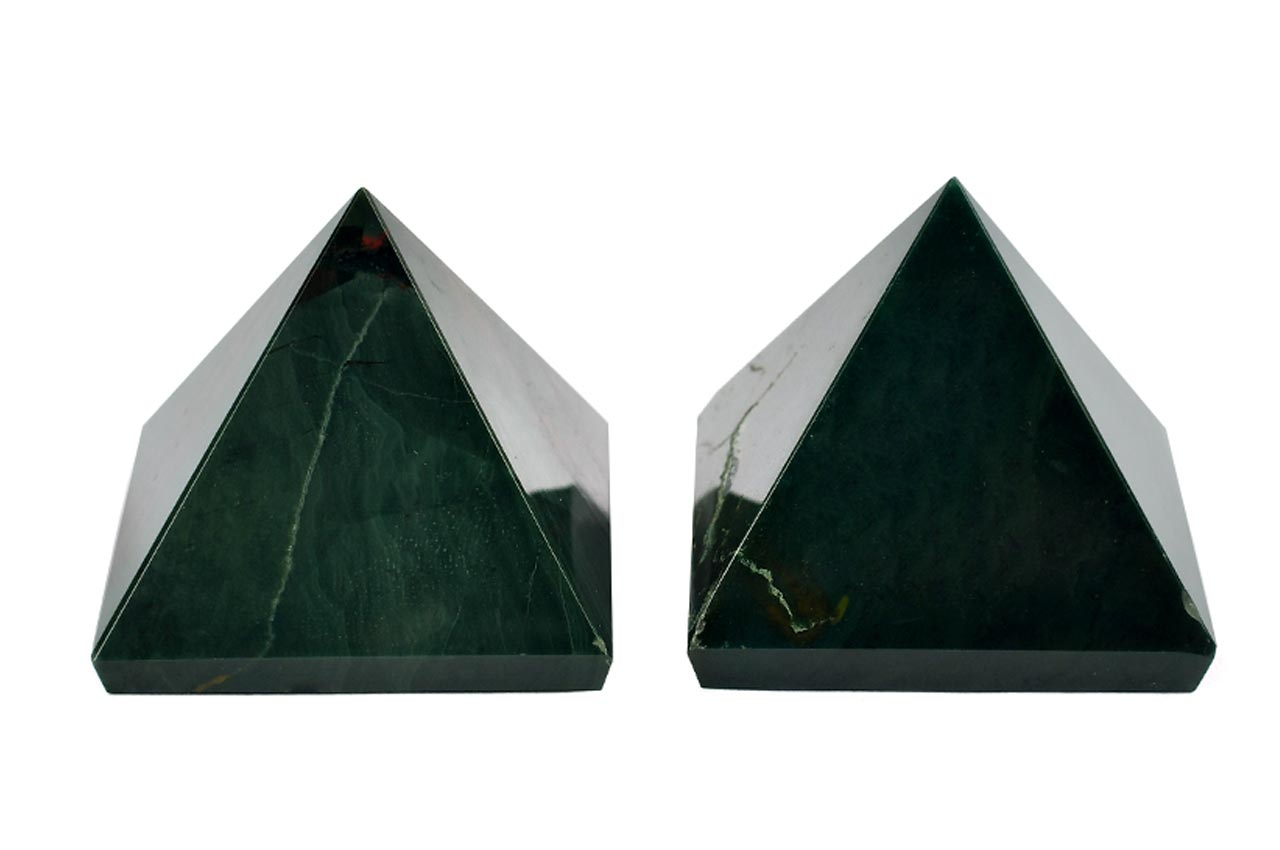 Pyramid in Natural Bloodstone - Set of 2