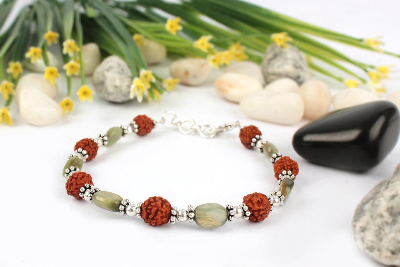 Rudraksha and Oval Cats Eye Bracelet