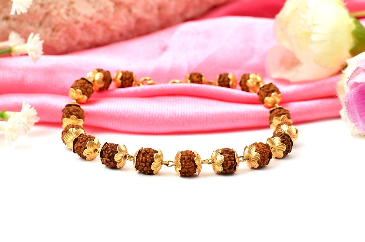 Rudraksha Bracelet in gold - Design IV