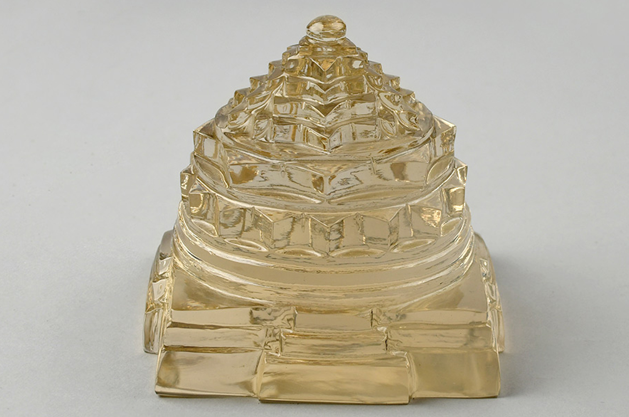 Shree Yantra in Yellow Citrine - 495 gms
