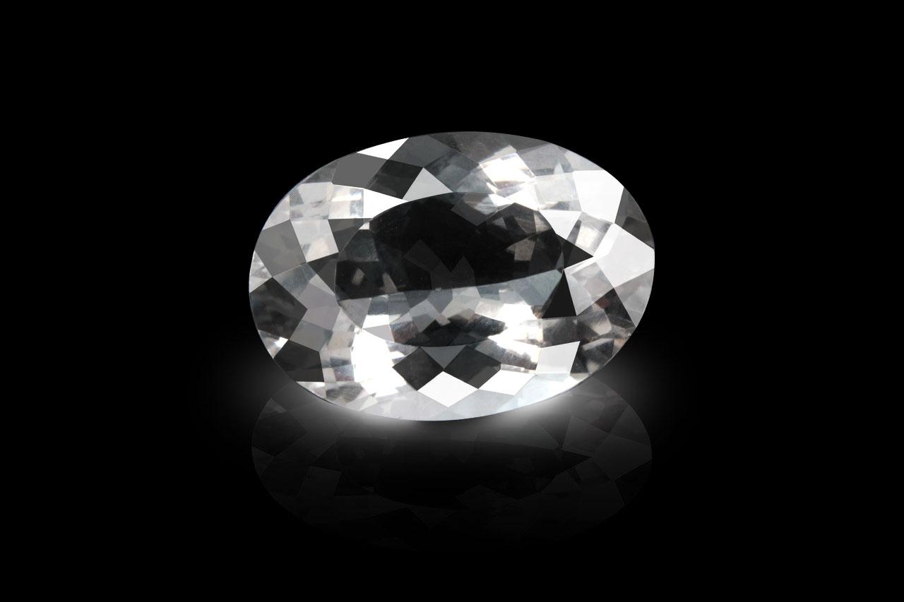 White Topaz - 6.90 carats
