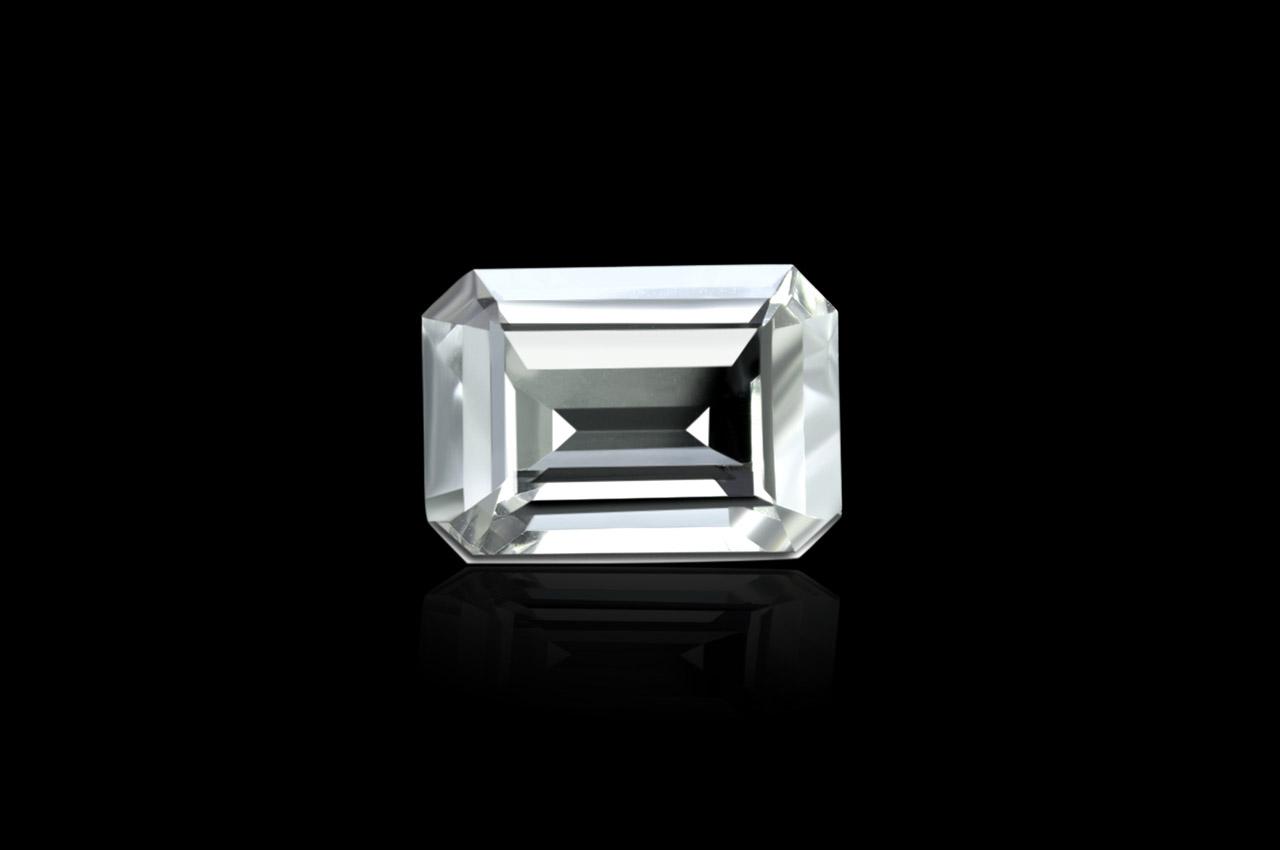 White Topaz - 9 to 11 carats