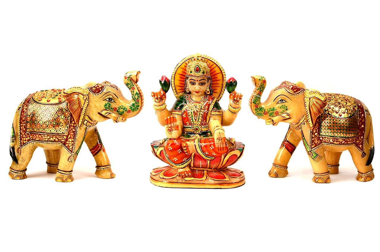 Yellow Jade Gaja Lakshmi with set of 2 Elephants