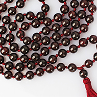 Garnet beads mala - 7 mm