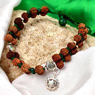 Gauri Shankar Rudraksha and Emerald Bracelet (Heart)