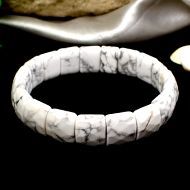 Howlite Faceted Bracelet