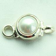 Pearl bracelet in pure silver