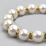 Pearl Bracelet with gold polish chakri