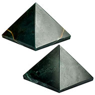 Pyramid in Natural Bloodstone - Set of 2 - II