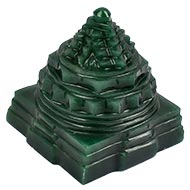 Shree Yantra in Columbian Green Jade - 175 gms