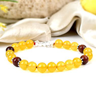 Yellow Jade and Red Sandalwood bracelet